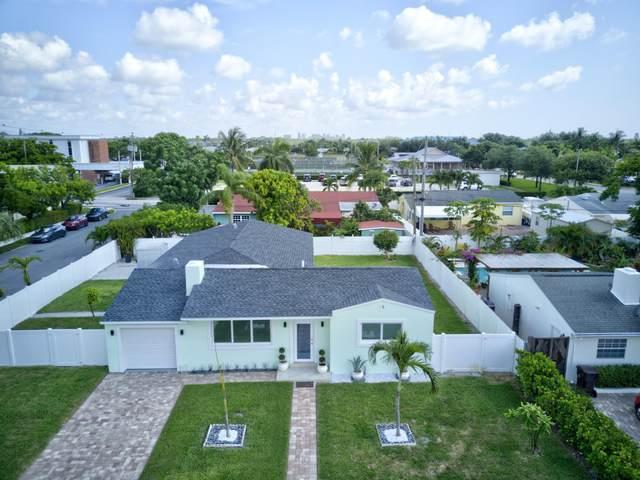 379 Laurie Road, West Palm Beach, FL 33405 (MLS #RX-10750137) :: Berkshire Hathaway HomeServices EWM Realty
