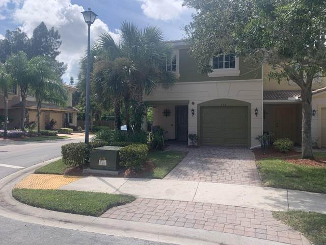 324 SE Bloxham Way, Stuart, FL 34997 (#RX-10750293) :: DO Homes Group