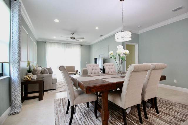 252 SE Via Visconti, Port Saint Lucie, FL 34952 (#RX-10750426) :: Baron Real Estate