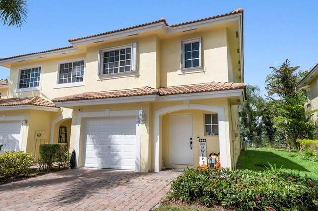 957 Imperial Lake Road, West Palm Beach, FL 33413 (#RX-10750604) :: Baron Real Estate