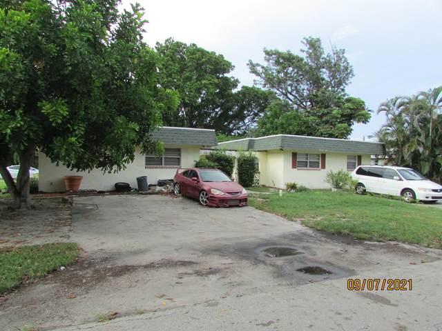 3025 SE Bonita Street, Stuart, FL 34997 (#RX-10750769) :: Michael Kaufman Real Estate