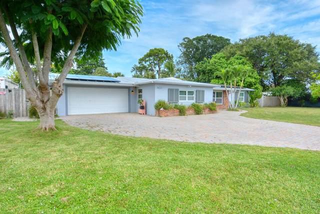 3423 SE Jefferson Street, Stuart, FL 34997 (#RX-10750954) :: Michael Kaufman Real Estate