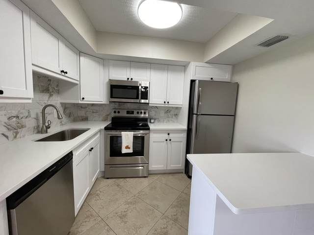 4462 Oak Terrace Drive, Greenacres, FL 33463 (#RX-10751125) :: IvaniaHomes | Keller Williams Reserve Palm Beach