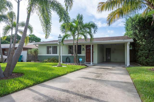 138 SW 8th Avenue, Boynton Beach, FL 33435 (#RX-10751279) :: Heather Towe | Keller Williams Jupiter