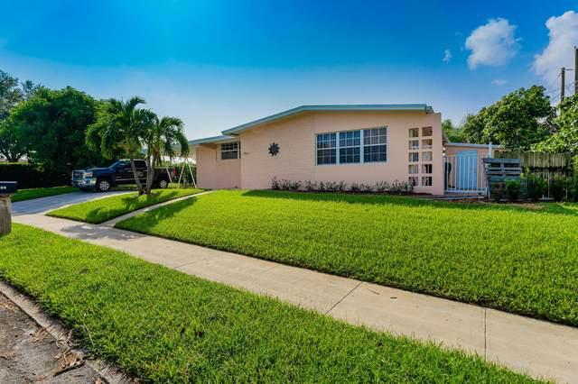 1901 Montague Street, Lake Worth, FL 33461 (MLS #RX-10751330) :: Castelli Real Estate Services