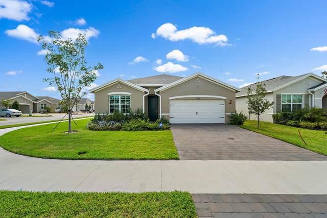 1704 NE White Pine Terrace, Ocean Breeze, FL 34957 (#RX-10751555) :: Michael Kaufman Real Estate