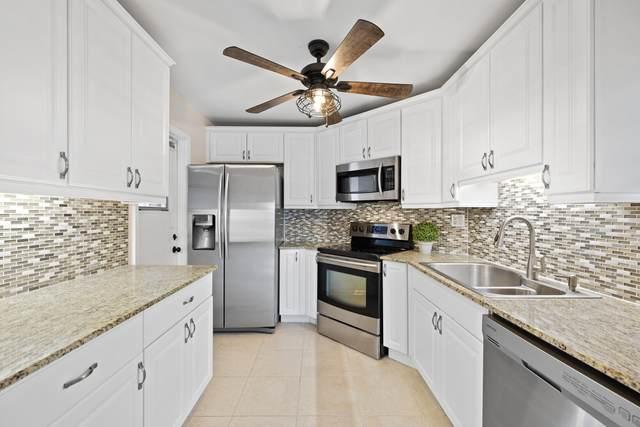 4 N Greenway Village N #101, Royal Palm Beach, FL 33411 (#RX-10751697) :: IvaniaHomes | Keller Williams Reserve Palm Beach