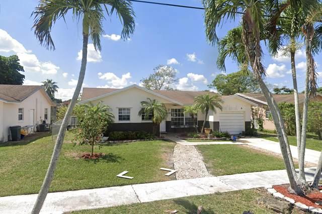 9300 SW 2nd Street, Boca Raton, FL 33428 (#RX-10751932) :: Baron Real Estate