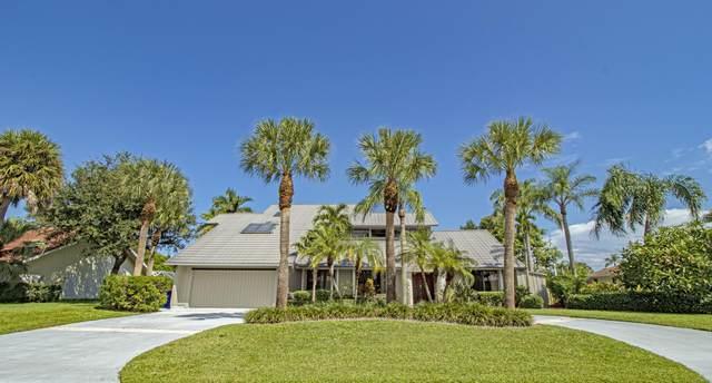 9267 SE Gettyburg Court, Hobe Sound, FL 33455 (#RX-10751977) :: Heather Towe | Keller Williams Jupiter