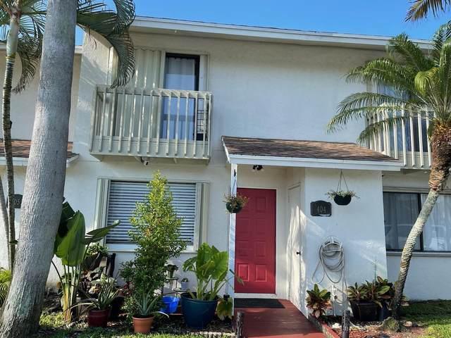 404 Shoreview Drive, Greenacres, FL 33463 (#RX-10751986) :: Heather Towe | Keller Williams Jupiter