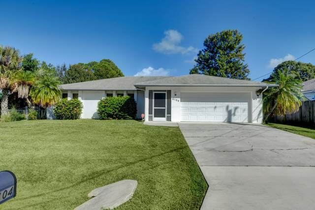 6104 Birch Drive, Fort Pierce, FL 34982 (#RX-10752119) :: The Reynolds Team   Compass