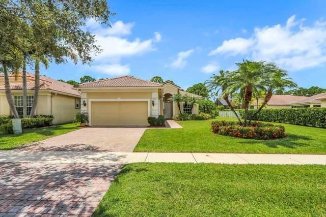 6791 SE Twin Oaks Circle, Stuart, FL 34997 (#RX-10752171) :: The Rizzuto Woodman Team