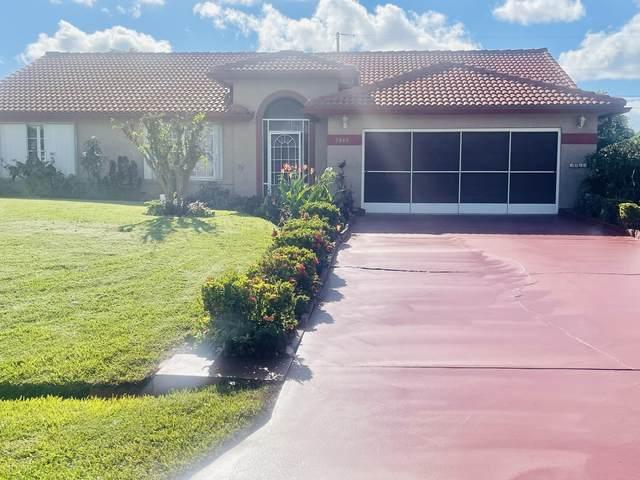 2880 SW Ann Arbor Road, Port Saint Lucie, FL 34953 (#RX-10752384) :: Posh Properties