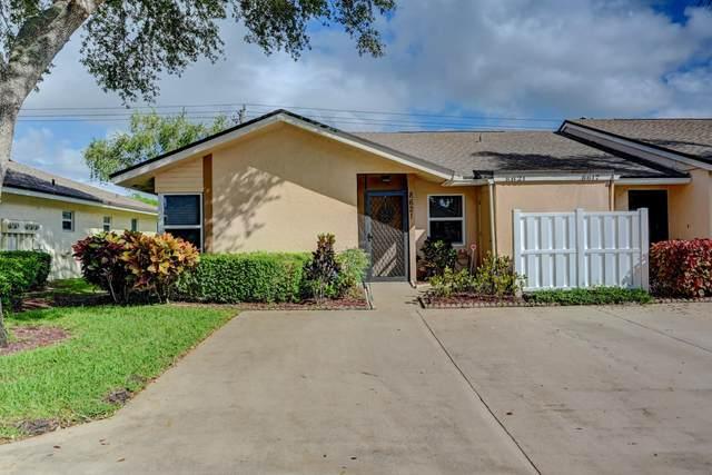 8621 Sunbird Place, Boca Raton, FL 33496 (#RX-10752391) :: Michael Kaufman Real Estate