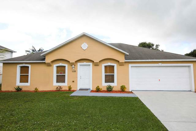 1122 SE Floresta Drive, Port Saint Lucie, FL 34983 (#RX-10752403) :: Heather Towe | Keller Williams Jupiter