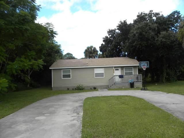 2405 N 44th Street, Fort Pierce, FL 34946 (MLS #RX-10752416) :: Castelli Real Estate Services