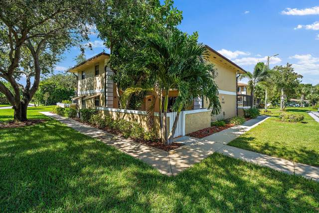 1482 N Lawnwood Circle, Fort Pierce, FL 34950 (#RX-10752438) :: Heather Towe   Keller Williams Jupiter