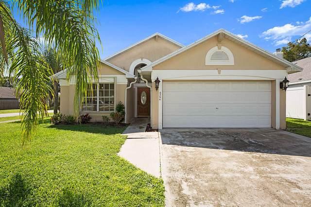 6394 Lauderdale Street, Jupiter, FL 33458 (#RX-10752604) :: The Reynolds Team | Compass