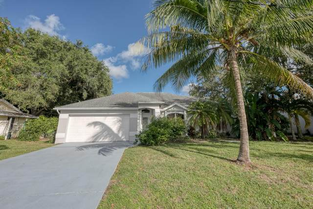 2451 SE Avalon Road, Port Saint Lucie, FL 34952 (#RX-10752814) :: Heather Towe | Keller Williams Jupiter