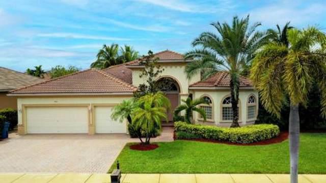 2923 Fontana Lane, Royal Palm Beach, FL 33411 (#RX-10752879) :: Posh Properties