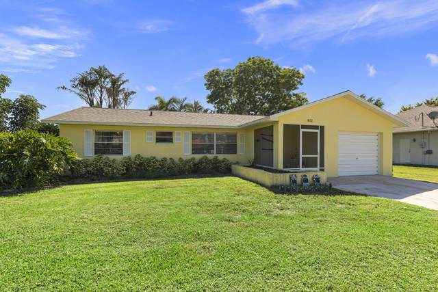 822 SE Carnival Avenue, Port Saint Lucie, FL 34983 (#RX-10752928) :: Baron Real Estate