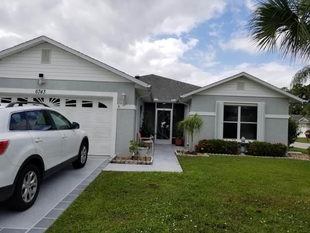 6743 Campanilla, Fort Pierce, FL 34951 (#RX-10753003) :: DO Homes Group