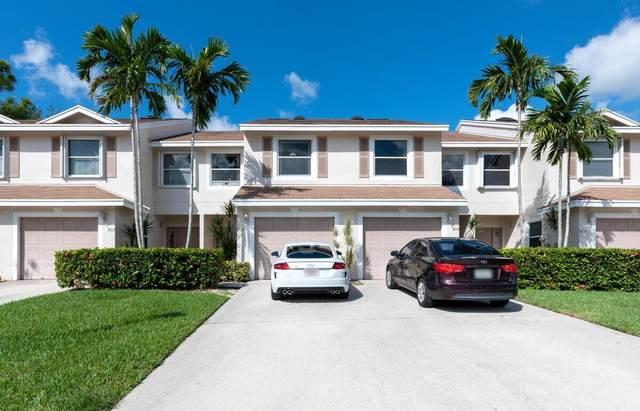 803 Crosswinds Drive, Greenacres, FL 33413 (#RX-10753032) :: Posh Properties
