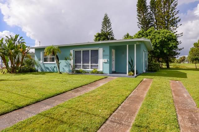 2900 SE Treasure Island Road, Port Saint Lucie, FL 34952 (#RX-10753335) :: Dalton Wade