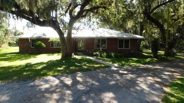 3143 Old Edwards Road, Fort Pierce, FL 34981 (MLS #RX-10753421) :: Castelli Real Estate Services