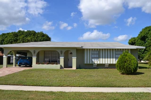 854 Sandia Avenue, Port Saint Lucie, FL 34983 (#RX-10753432) :: Dalton Wade