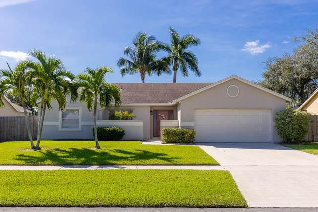 20 Cedar Circle, Boynton Beach, FL 33436 (#RX-10753484) :: The Rizzuto Woodman Team