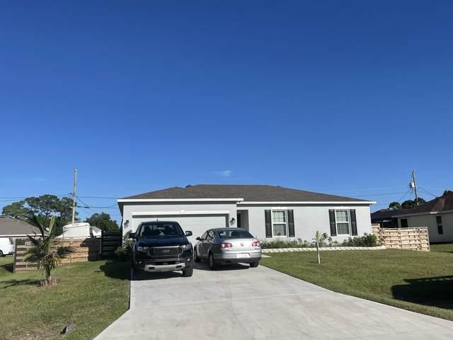 651 SW Lindsay Street, Port Saint Lucie, FL 34953 (#RX-10753593) :: The Rizzuto Woodman Team