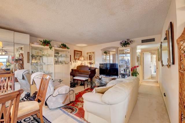 862 Normandy R, Delray Beach, FL 33484 (#RX-10753885) :: Posh Properties