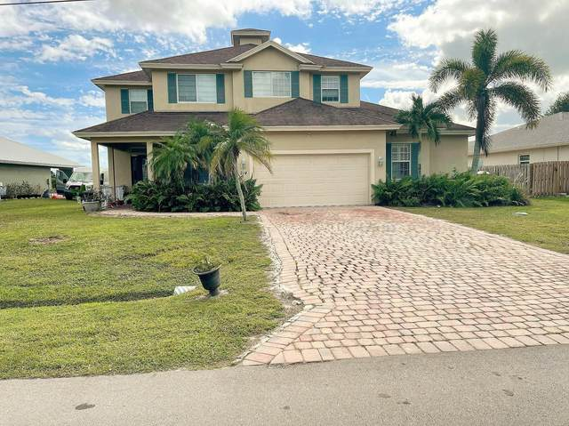 214 NE Surfside Avenue, Port Saint Lucie, FL 34983 (#RX-10754095) :: Posh Properties