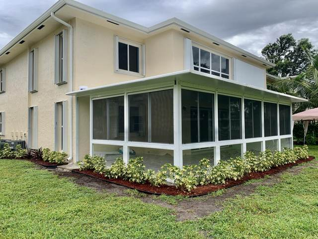 1340 NW 19th Ter 104 Terrace #104, Delray Beach, FL 33445 (#RX-10754199) :: IvaniaHomes   Keller Williams Reserve Palm Beach