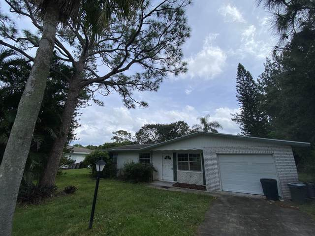 3180 SE Fairmont Street, Stuart, FL 34997 (#RX-10754512) :: Michael Kaufman Real Estate