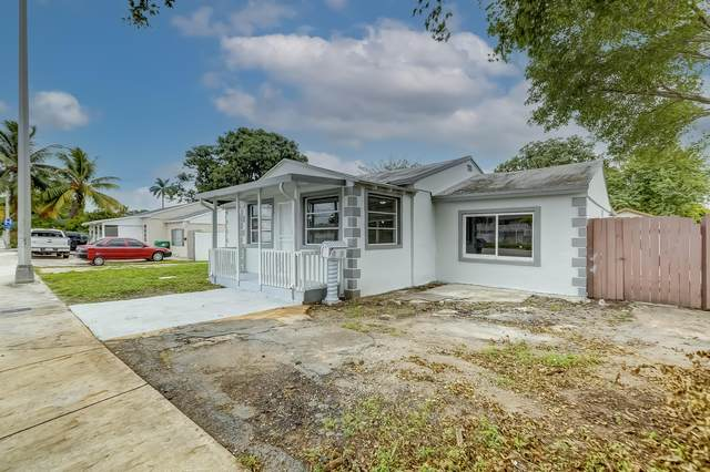 1428 NW 103rd Street, Miami, FL 33147 (MLS #RX-10754580) :: United Realty Group