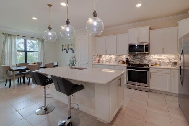 521 SE Monet Drive, Port Saint Lucie, FL 34984 (#RX-10754624) :: Michael Kaufman Real Estate