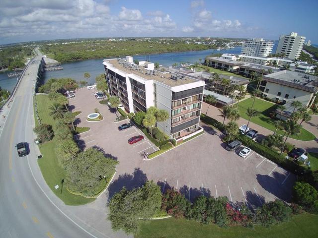 225 Beach Road #503, Tequesta, FL 33469 (#RX-10373790) :: The Carl Rizzuto Sales Team
