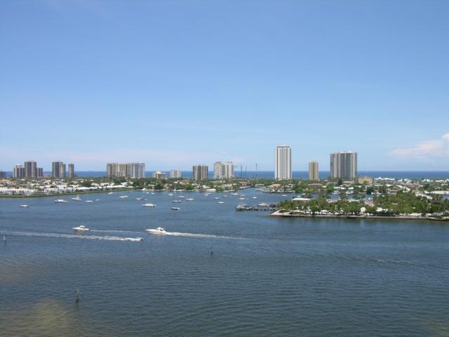 2640 Lake Shore Drive #1512, Riviera Beach, FL 33404 (#RX-10440413) :: Ryan Jennings Group