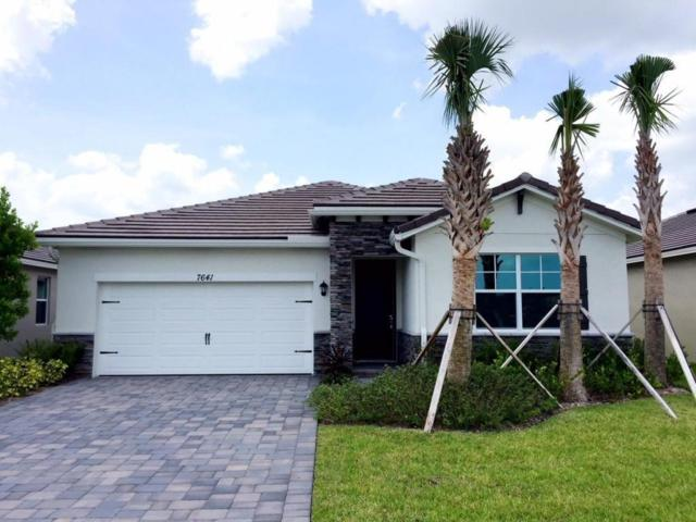 7641 SW Harbor Cove Drive, Stuart, FL 34997 (#RX-10450331) :: The Reynolds Team/Treasure Coast Sotheby's International Realty