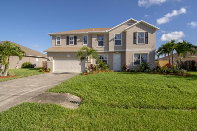 5835 NW Drill Court, Port Saint Lucie, FL 34986 (#RX-10463673) :: The Reynolds Team/Treasure Coast Sotheby's International Realty