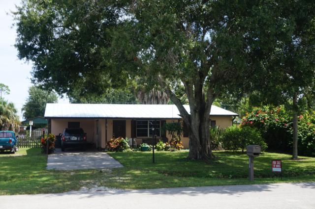 5212 Hickory Drive, Fort Pierce, FL 34982 (#RX-10465202) :: The Reynolds Team/Treasure Coast Sotheby's International Realty