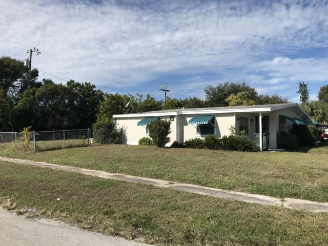 2023 S 3rd S Street, Fort Pierce, FL 34950 (#RX-10485338) :: The Reynolds Team/Treasure Coast Sotheby's International Realty