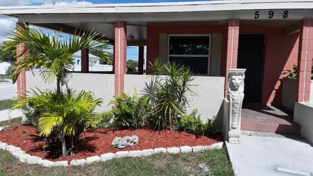 598 W 6th Street, Riviera Beach, FL 33404 (MLS #RX-10486606) :: Berkshire Hathaway HomeServices EWM Realty