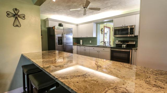 2842 Somerset Road, Lantana, FL 33462 (#RX-10511297) :: The Reynolds Team/Treasure Coast Sotheby's International Realty