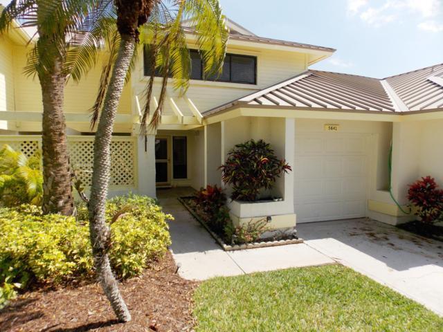 5641 SE Foxcross Place, Stuart, FL 34997 (MLS #RX-10511640) :: Berkshire Hathaway HomeServices EWM Realty