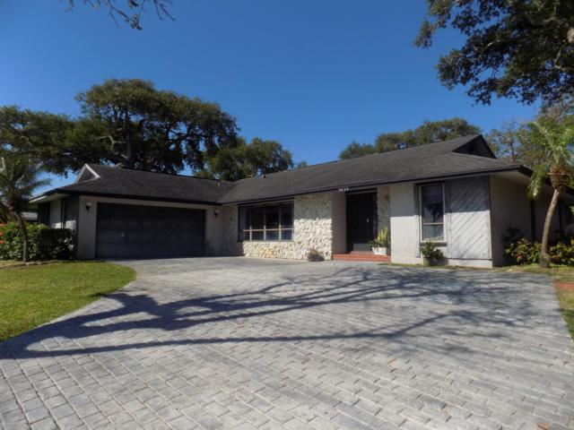 9895 S Indian River Drive, Fort Pierce, FL 34982 (#RX-10520596) :: Ryan Jennings Group