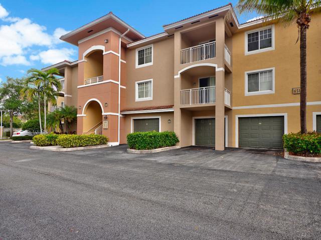 6510 Emerald Dunes Drive #107, West Palm Beach, FL 33411 (MLS #RX-10521655) :: Berkshire Hathaway HomeServices EWM Realty