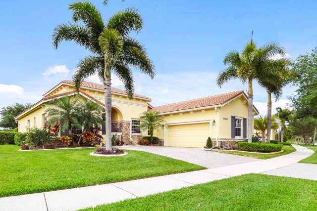 10025 SW Nuova Way, Saint Lucie West, FL 34986 (#RX-10521727) :: Ryan Jennings Group